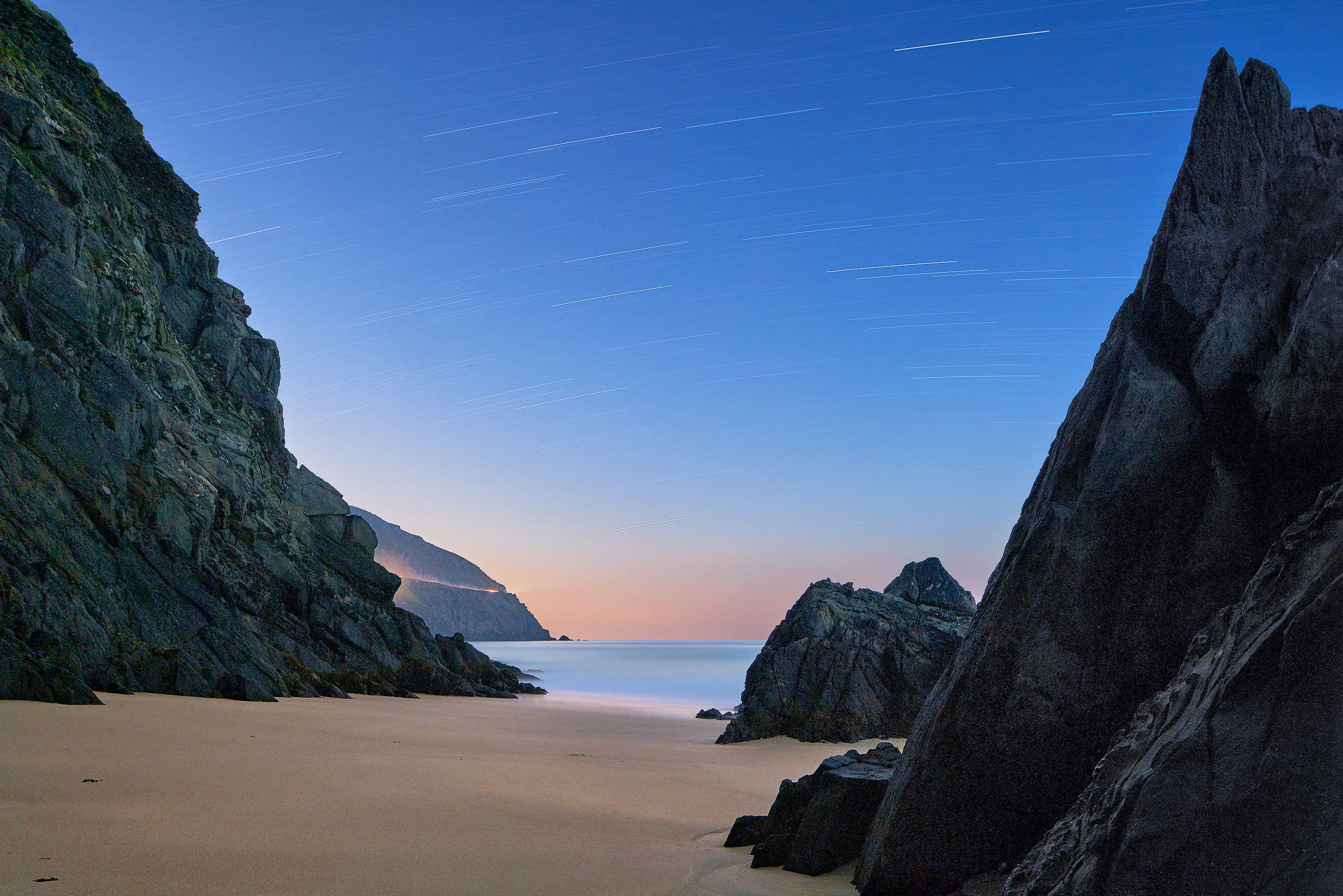 Coumeenole beach Astrophotography night time photo
