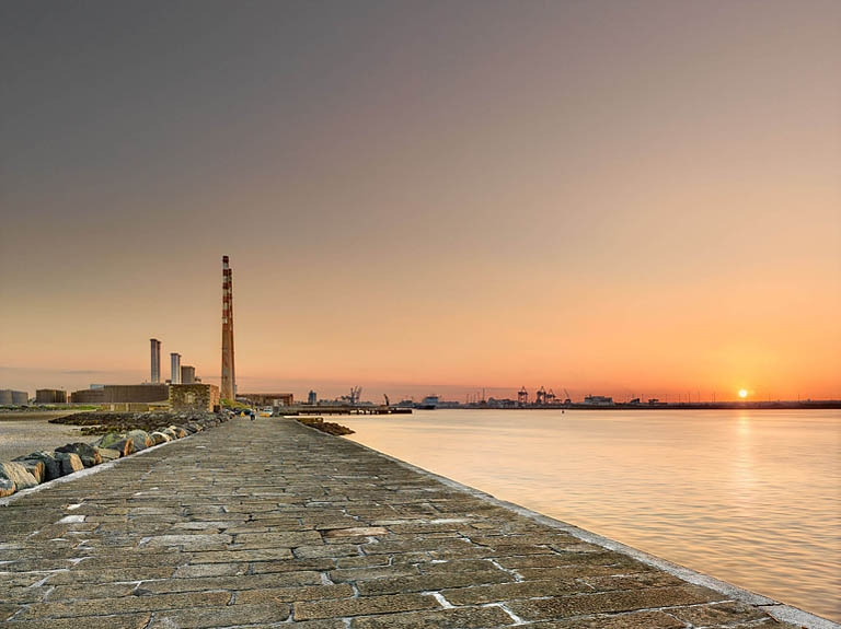 South Wall Pier Dublin poolbeg photos